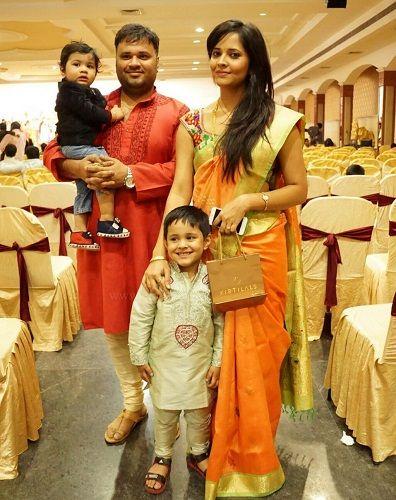 anasuya bharadwaj family photo